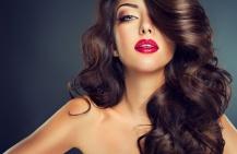 Как сделать макияж с красной помадой брюнеткам?