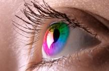 Цветные линзы: как выбрать и ухаживать за ними