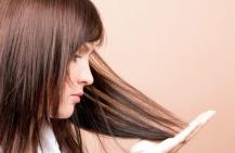 Почему волосы секутся. Что делать?