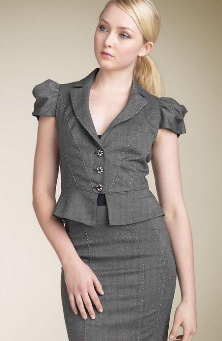 Где в москве купить женские офисные костюмы