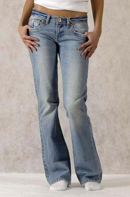 Как украсить джинсы собственными.