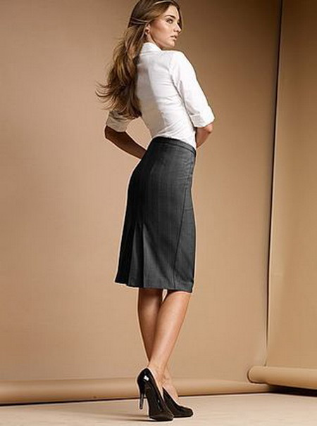Фото девушек в строгих юбках фото фото 78-359