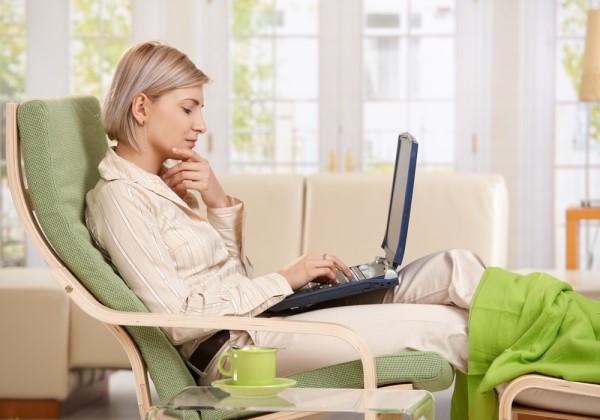 Как заработать деньги в Интернете девушке
