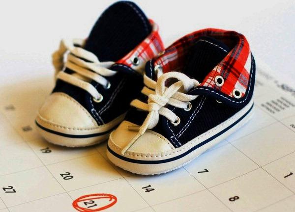 Детская обувь на календаре