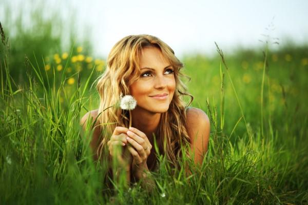 Как заставить женщину полюбить себя? Психологические советы
