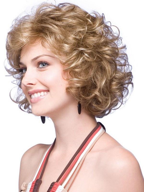 Прически для тонких вьющихся волос