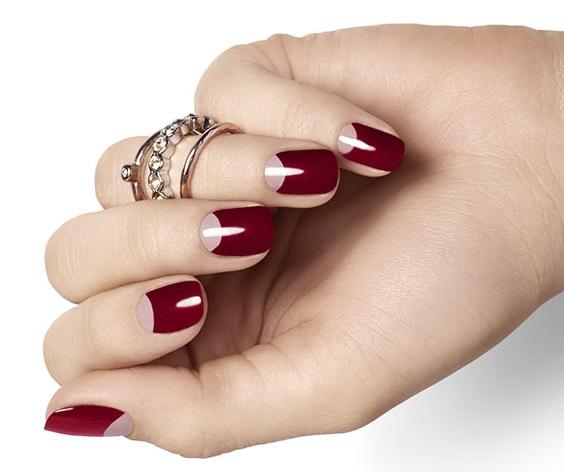 Маникюр с лункой на короткие ногти