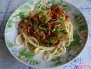 Спагетти с шампиньонами и овощами
